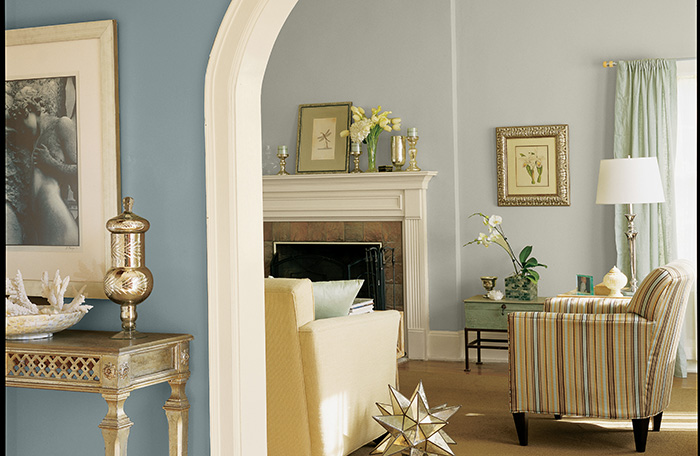 Image Of Dining Room Painted In Sherwin Williams Chrysalis